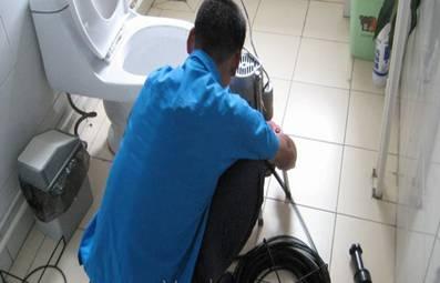 hút bể phốt không đục phá, chống thấm tường nhà, trần nhà, khu vực toilet để ngăn mùi hôi triệt để khu WC, lắp đường ống ngầm